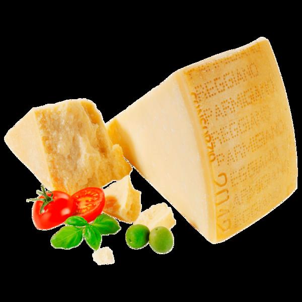 Parmigiano Reggiano Italienischer Hartkäse am Stück