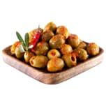 Grüne Oliven mit Chili
