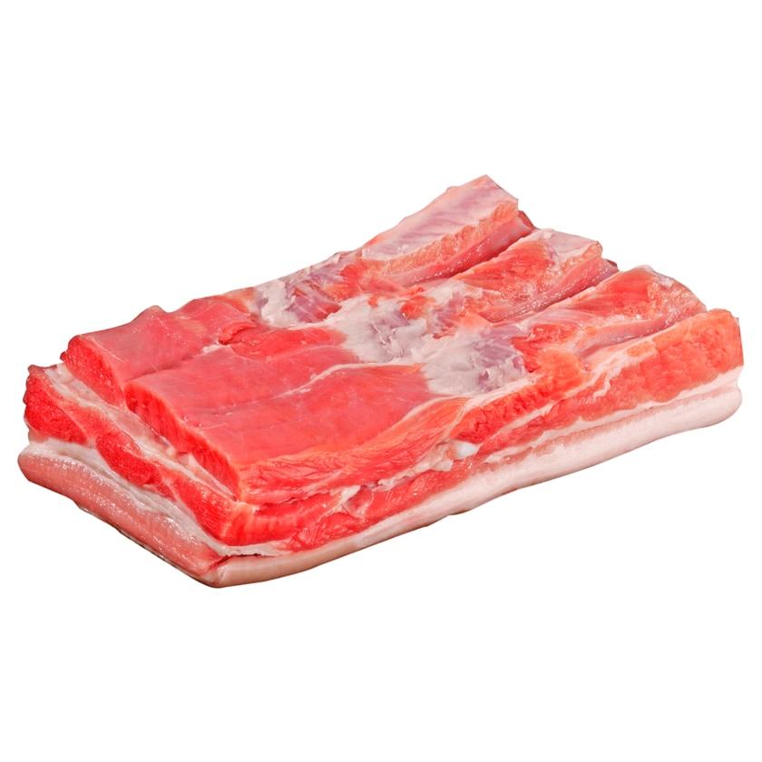 Strohwohl Schweine Bauch